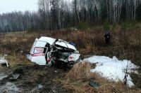 Оба водителя находятся в больнице с тяжёлыми травмами.