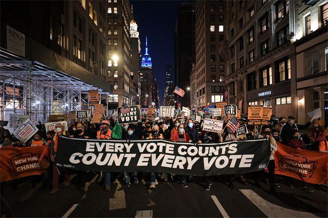 Демонстрации после президентских выборов в Америке.
