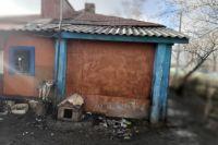 В пожаре в Каргате погибли пять человек, включая троих детей.
