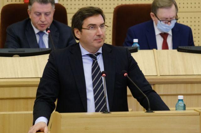 Константин Хальзов рассказал о волнах коронавируса в Новосибирской оласти