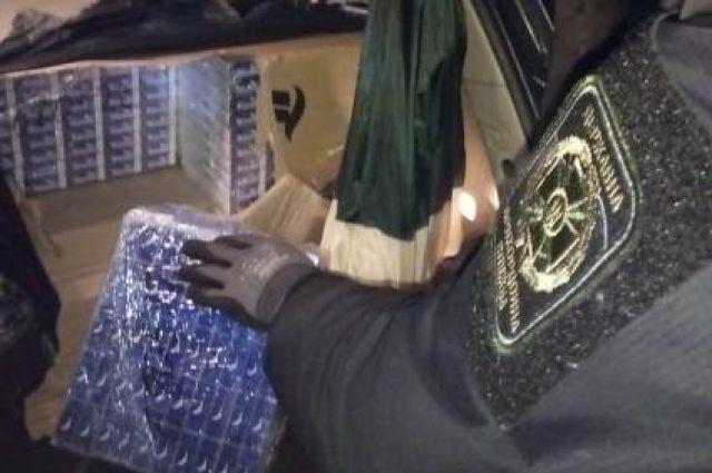 В Закарпатской области задержали мужчину с контрабандными сигаретами