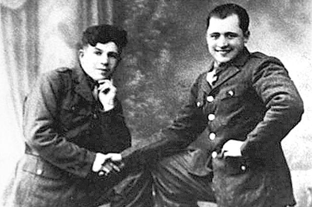 Василий Порик с бойцом французского Сопротивления.
