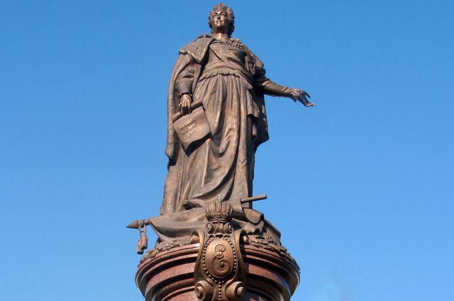 Памятник Екатерине II в Одессе.
