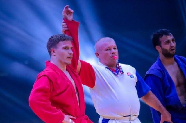 Всего свердловские самбисты выиграли в Сербии 12 наград различного достоинства.
