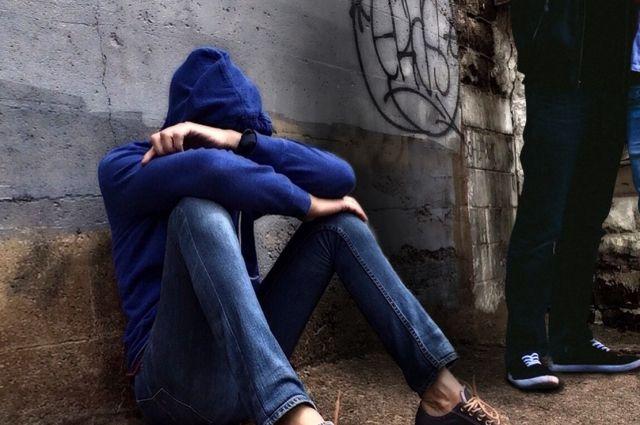 Психологи видят из ситуации буллинга два выхода: бороться или бежать в другую школу.