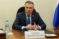 Николай Брыкин предоставил тюменским врачам средства на аренду автомобилей