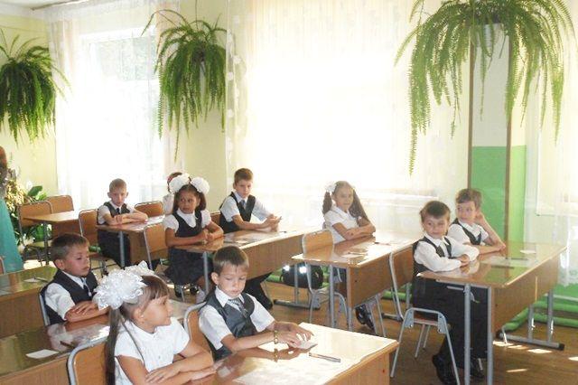 В стены родных школ оренбургские младшеклассники вернутся 23 ноября.