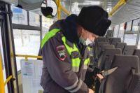 Надымские госавтоинспекторы проверили  школьные автобусы