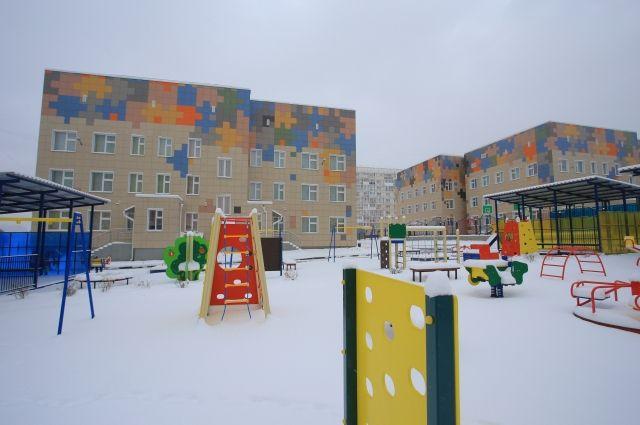 Новый, четвертый, корпус детского сада №100 (дом №9/2) открылся в жилмассиве «Плющихинский» Новосибирска.