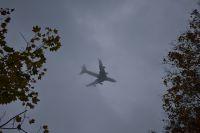 Следователи выяснили причину экстренной посадки самолета Ан-124 в Толмачево.