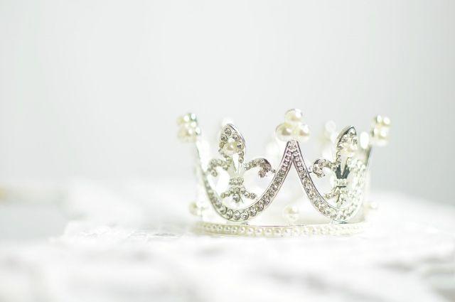 Школьницу их Ноябрьска пригласили на конкурс «Мисс Вселенная»