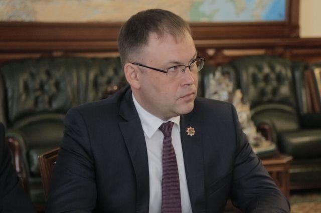 Кемеровскому градоначальнику исполнилось 45 лет.