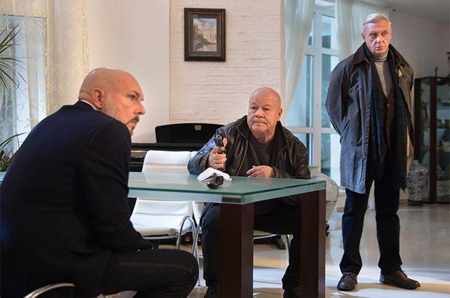 Алексей Нилов, Сергей Селин и Александр Половцев (слева направо)на съемках сериала «Полицейское братство».