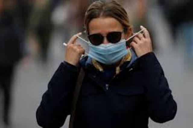 После появления вакцины от COVID-19 необходимо носить маски, - Фаучи