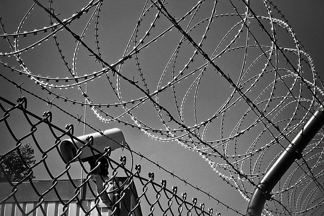 В сентябре текущего года прокуратура уже проводила проверку в колонии №37 из-за банкета, который устроили заключенные.