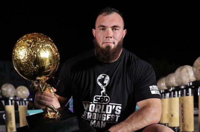 Алексей Новиков завоевал титул самого сильного человека планеты
