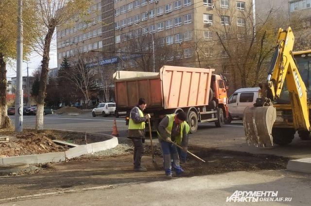 В Оренбурге дорожный ремонт ведется на четырех объектах.