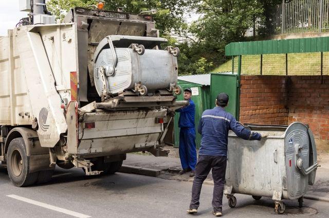 Новосибирский региональный оператор «Экология-Новосибирск» предсказал стоимость вывоза мусора в 2021 году. Как сообщила директор компании Лариса Анисимова в эфире «Городской волны», тариф по обращению с ТКО не должен быть выше 100 рублей.