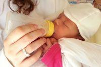 Семь случаев заболевания новорожденных коронавирусом зарегистрировано в Новосибирской области. Такую статистику приводит региональное Министерство здравоохранения.