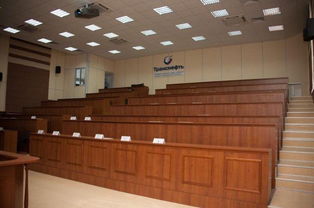 Преподавателям и студентам ТИУ назначены именные выплаты ПАО «Транснефть»