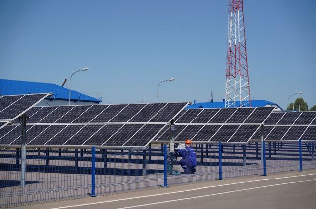 Солнечные батареи применяются в качестве альтернативного источника электроснабжения ремонтно-механического цеха на ЦБПО.