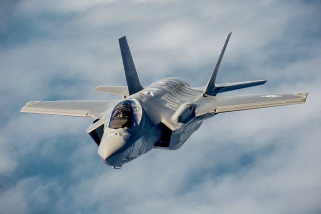 Истребитель-бомбардировщик F-35 уже стоит на вооружении 11 стран мира