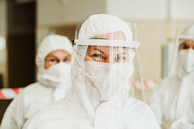 В Коми открыли спецподразделения для помощи жителям с ОРВИ и коронавирусом.