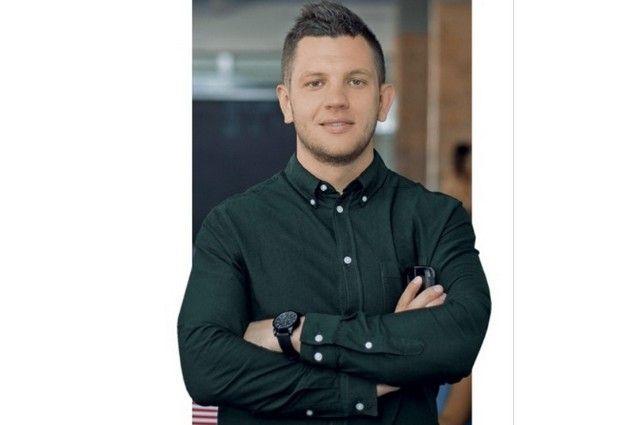 Известный российский бизнес-тренер Кирилл Липай разработал курс для брянских подростков.