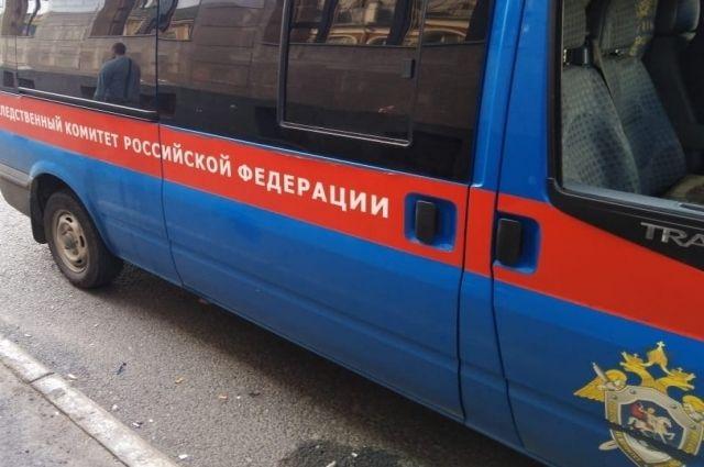 Следственный комитет России проводит доследственную проверку после обнаружения человеческих останков на ОбьГЭСе.