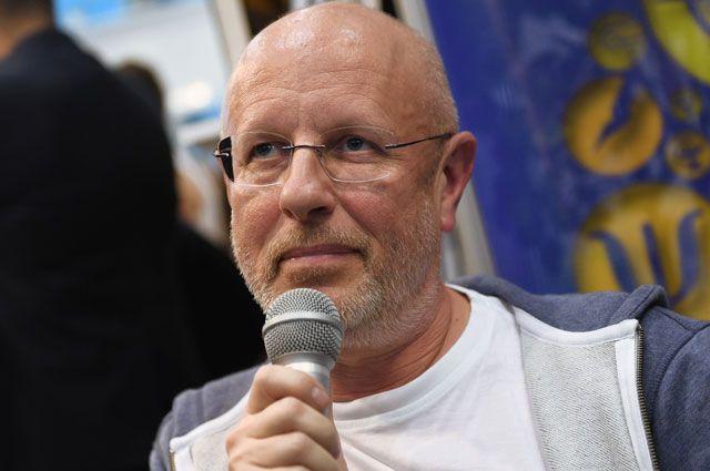 Дмитрий Пучков.