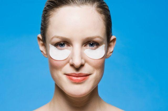 Патчи для глаз: зачем они нужны и как их использовать