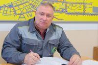 Начальник эксплуатационного района Евгений Паникаров отвечает за тепло в домах более 200 тысяч жителей Восточного округа города.