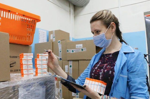 Антон Алиханов не смог найти в калининградских аптеках сумамед