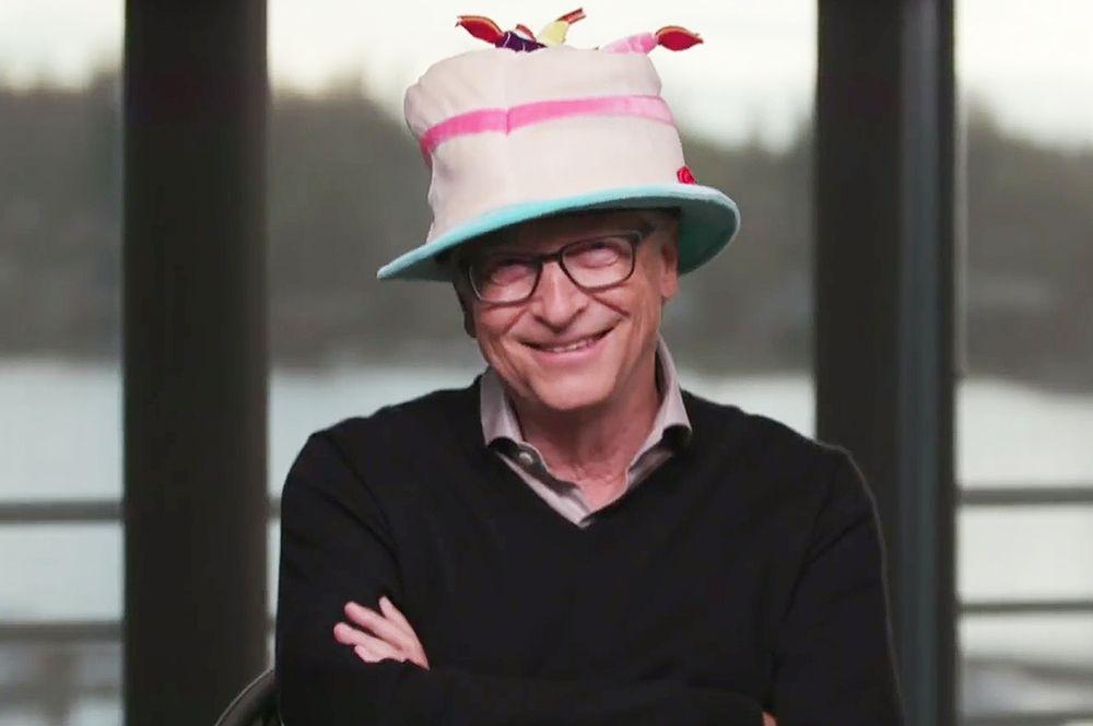 Билл Гейтс (Microsoft) — $128 млрд.
