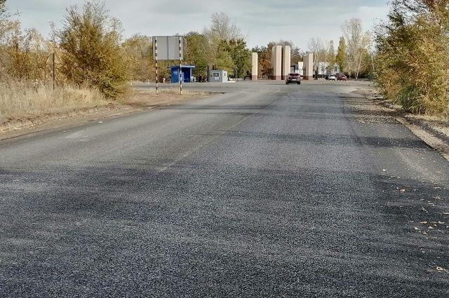 В Оренбурге впервые с 1984 года отремонтировали дороги к кладбищенскому комплексу «Степной».