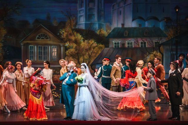 Премьера оперы «Анюта» на сцене оперного театра.