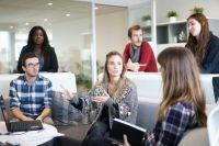 За время работы по государственной программе кредитования на возобновление деятельности (Программа 696) ВТБ оказал поддержку клиентам, рассчитанную на сохранение более чем 1 млн рабочих мест.