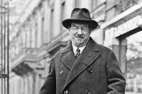 Анатолий Луначарский, 1930 г.