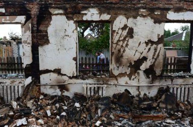 Жителям Донбасса начнут выплачивать компенсации за разрушенное жилье