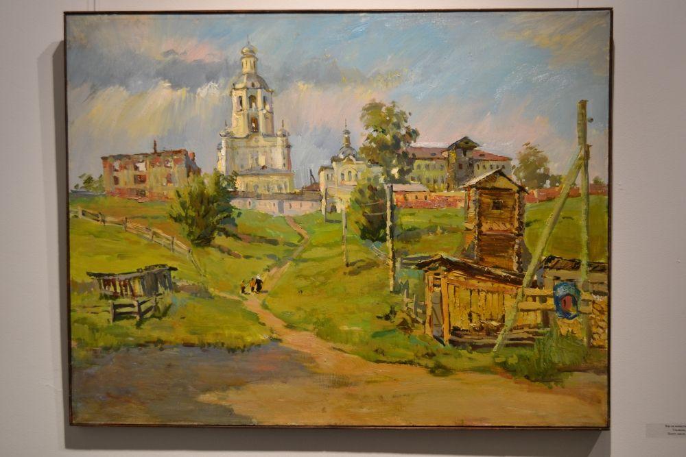 . Ольга Карпачёва пишет много, несмотря на то, что отдает живописи только свободное время, работая художником-реставратором в Вологодском музее-заповеднике.