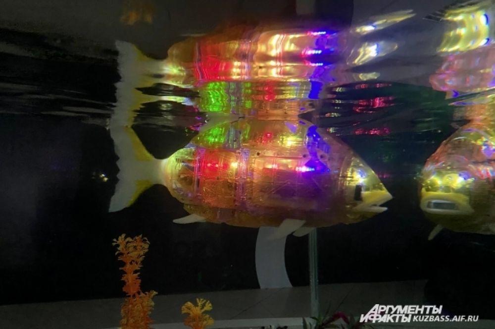 А некоторым уже заменяют домашних питомцев. Пример тому «карманные» роботы, умеющие выражать эмоции, роботы-собачки или первый робот-рыба.