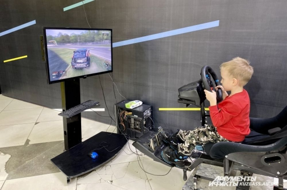 В музее много развлечений для детей всех возрастов: от компьютерных игр разных форматов до интерактивных мастер-классов.