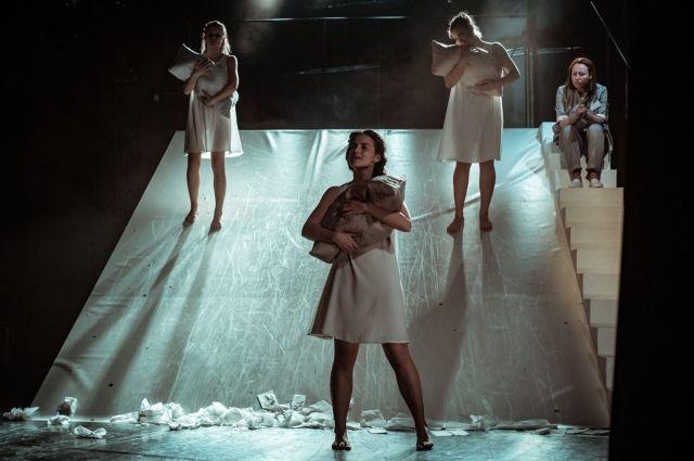 Спектакль театра из Югры представлен наряду с 80-тью лучшими постановками российских театров