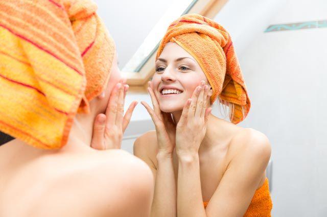 Какие средства помогут выровнять кожу лица?