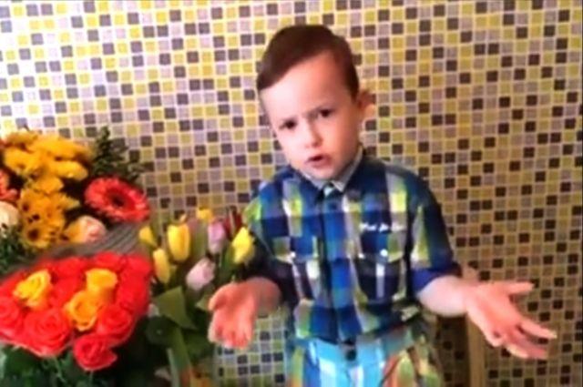 Стали известны победители тюменского конкурса чтецов «Бабушкины руки»