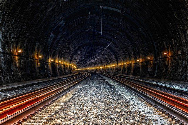 Стоимость проезда в новосибирском метро может увеличиться до 34 рублей.
