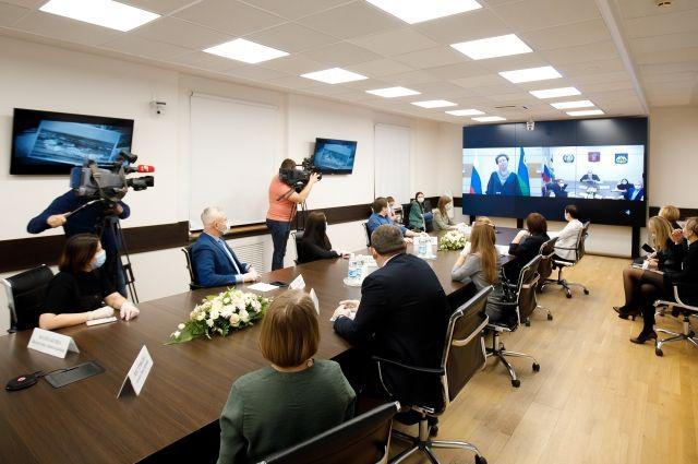 Прямой эфир состоялся в рамках XIV окружного форума «Информационный мир Югры»