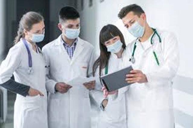В Тернополе к борьбе с COVID-19 привлекают студентов-медиков.