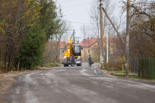 В Зеленоградске разваливаются дороги, выполненные по технологии ресайклинга