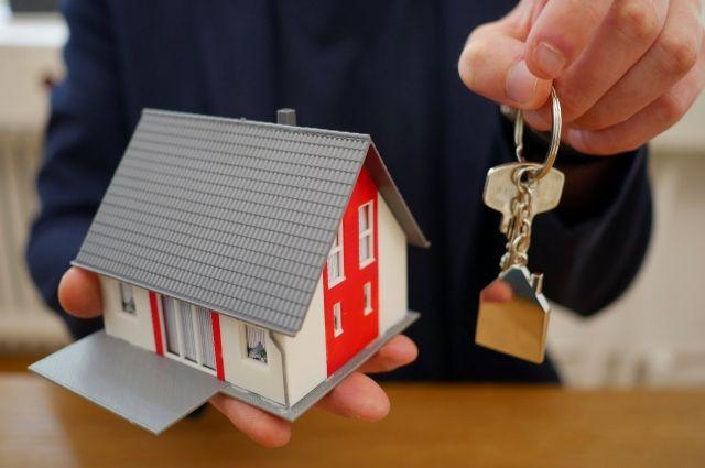 Покупателям, которые думают о приобретении квартиры в пригородах, эксперты рекомендуют не затягивать с решением.